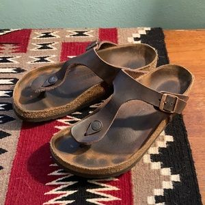 Birkenstock Gizeh - size 37 - brown leather